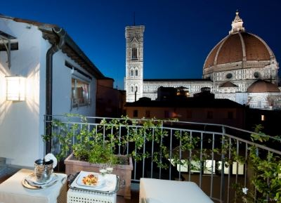 4-star in the heart of Florence