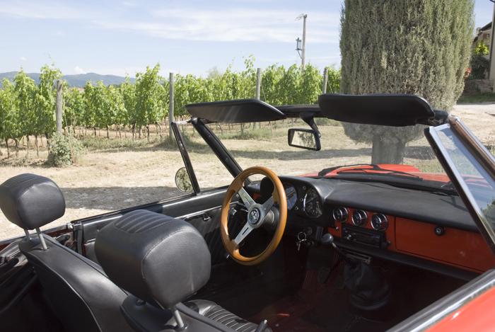 Alfa-Romeo-Duetto-detail.jpg