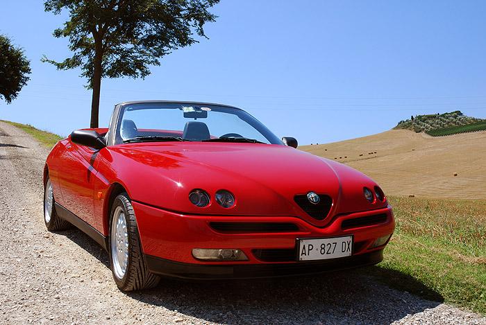 Alfa-Romeo-GTV-spider-front.jpg