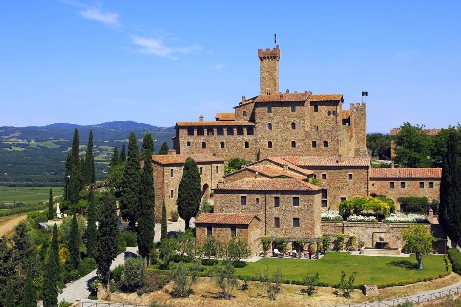 5-star luxury wine hotel in Montalcino