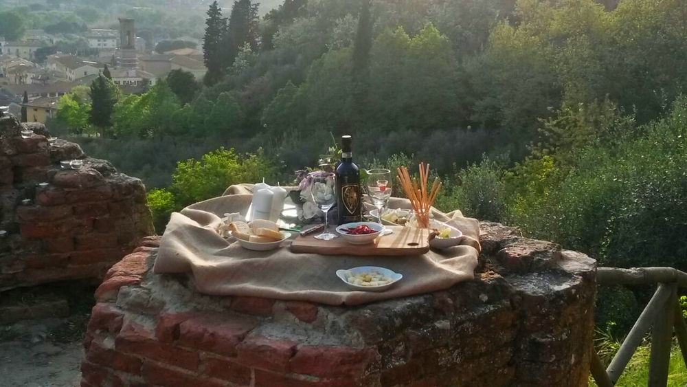 Wine-honeymoon-Tuscany.jpg