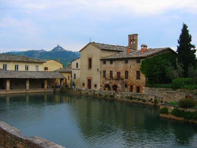 Bagno-Vignoni.jpg