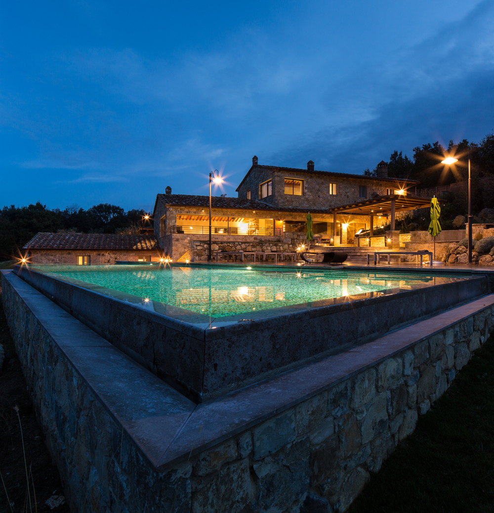 luxury-3-bedroom-villa-Casole-Tuscany.jpg