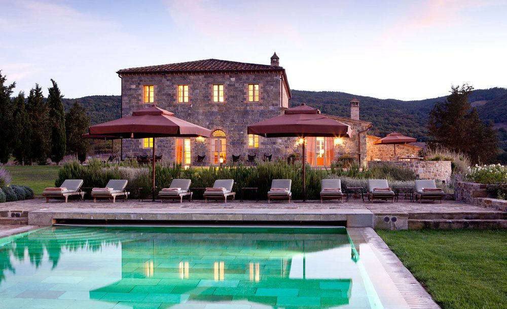 5-bedrooms-luxury-villa-Montalcino.jpg