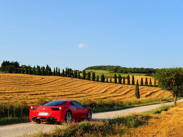 Ferrari-458-Italia-Tuscan-holiday.jpg