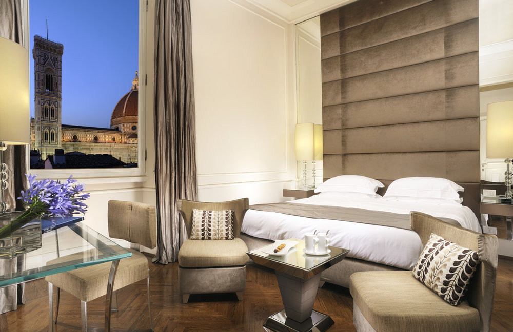 A touch of magic with your own exclusive view over the Dome of Florence for an extraordinary Valentine's day