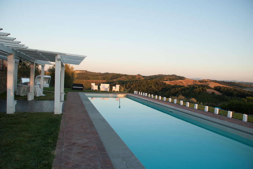 Villa with pool near Florence - up to 18 people
