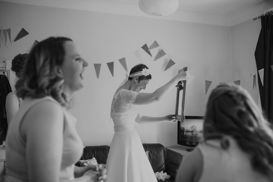 a+b+cityhall_anglers_rest_dublin_city_wedding_preview_028.jpg