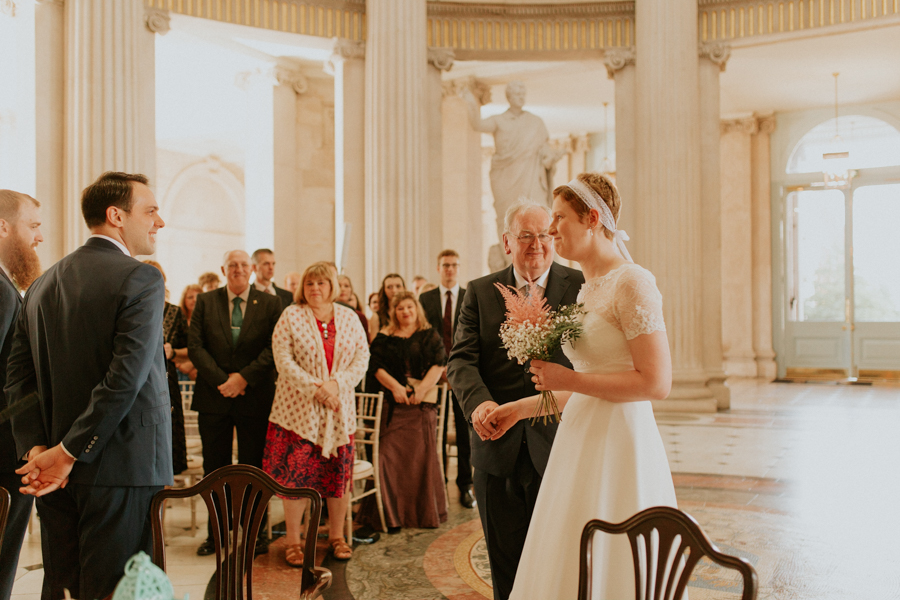 a+b+cityhall_anglers_rest_dublin_city_wedding_preview_041.jpg