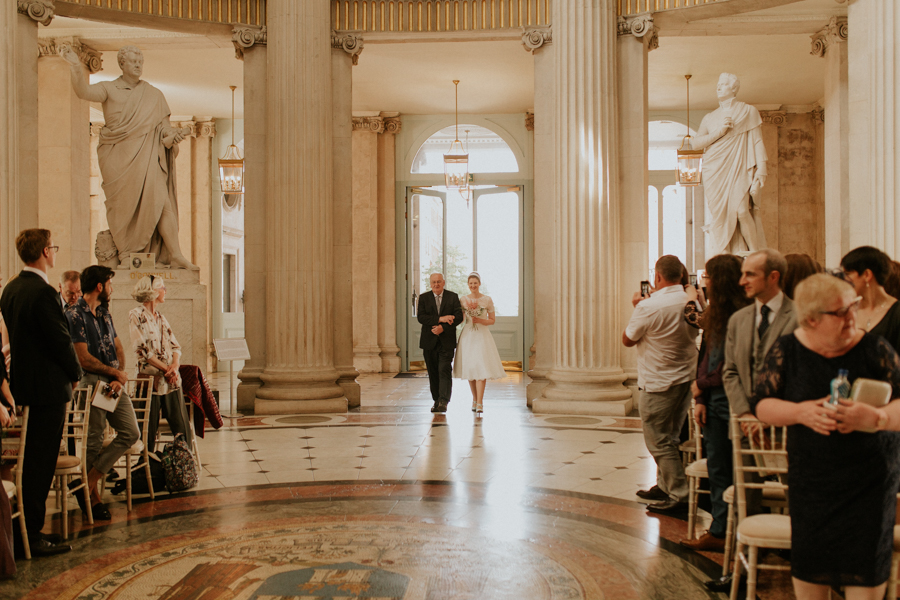a+b+cityhall_anglers_rest_dublin_city_wedding_preview_040.jpg