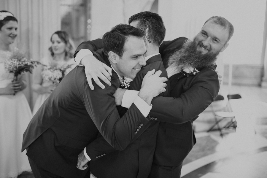 a+b+cityhall_anglers_rest_dublin_city_wedding_preview_053.jpg