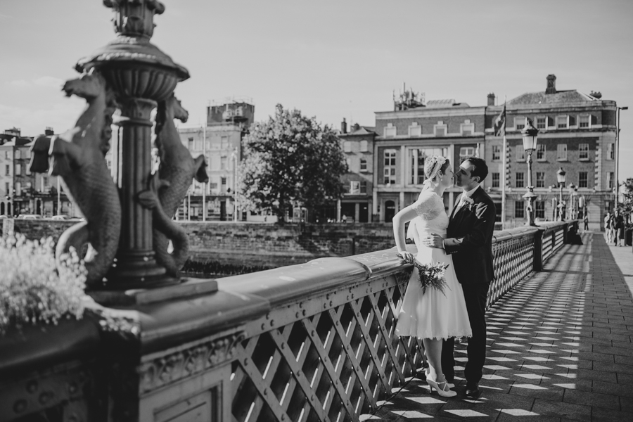 a+b+cityhall_anglers_rest_dublin_city_wedding_preview_090.jpg