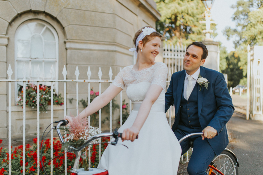 a+b+cityhall_anglers_rest_dublin_city_wedding_preview_094.jpg
