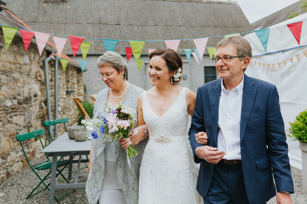 e+t_ballilogue_kilkenny_wedding_photographer_liviafigueiredo_83.JPG