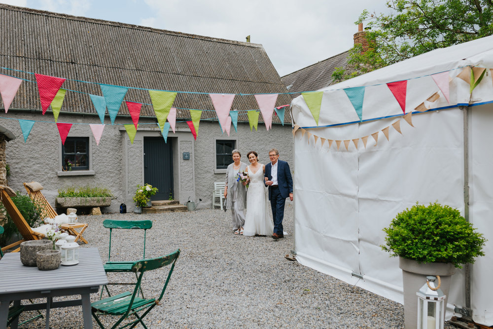 e+t_ballilogue_kilkenny_wedding_photographer_liviafigueiredo_82.JPG
