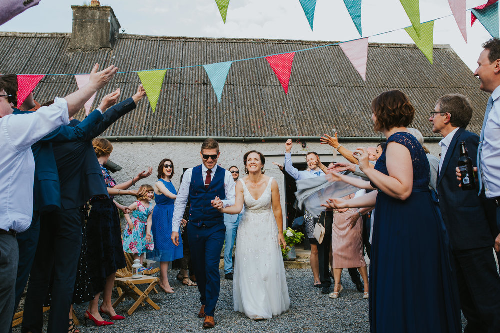 e+t_ballilogue_kilkenny_wedding_photographer_liviafigueiredo_201.JPG