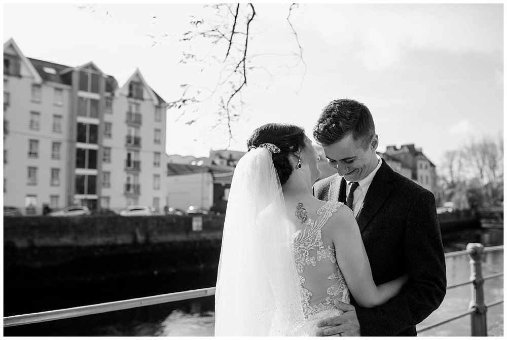 L&K_rock_of_cashel_cahir_castle_ireland_elopement_wedding_photographer_202.jpg