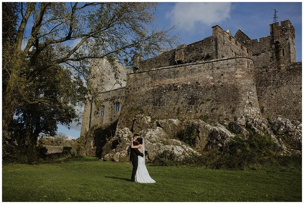 L&K_rock_of_cashel_cahir_castle_ireland_elopement_wedding_photographer_271.jpg