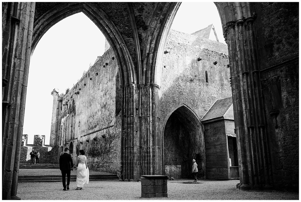 L&K_rock_of_cashel_cahir_castle_ireland_elopement_wedding_photographer_362.jpg