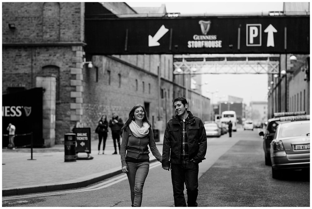 engagement_photos_guiness_storehouse_dublin_ireland_livia_figueiredo_56.jpg