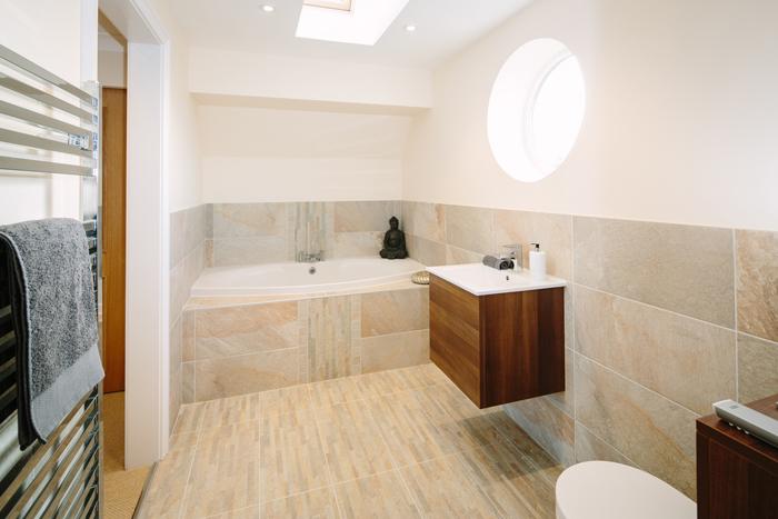 Reiver_Bathroom.jpg