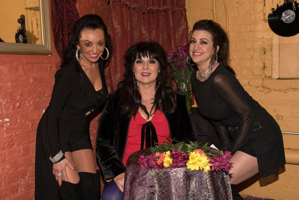 With the legendary Ann Wilson and my sis, Jeri Maria