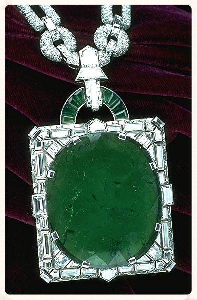 Mackay Emerald Necklace. From the Smithsonian Museum of Natural History.