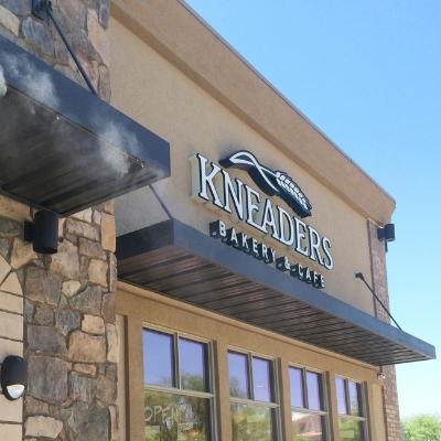 Kneaders new North Scottsdale location near the Scottsdale Airpark.