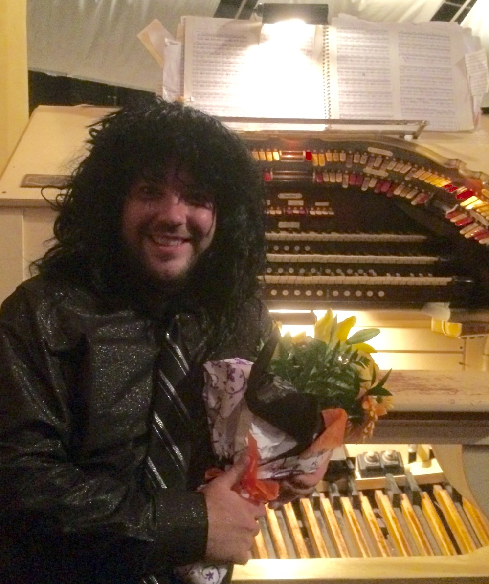 Organist Matt Haider rocks the Pickwick in a post-  concert recital on the great Wurlitzer O  rgan following 'Berlioz to Batman:   Halloween Family C  oncert'.
