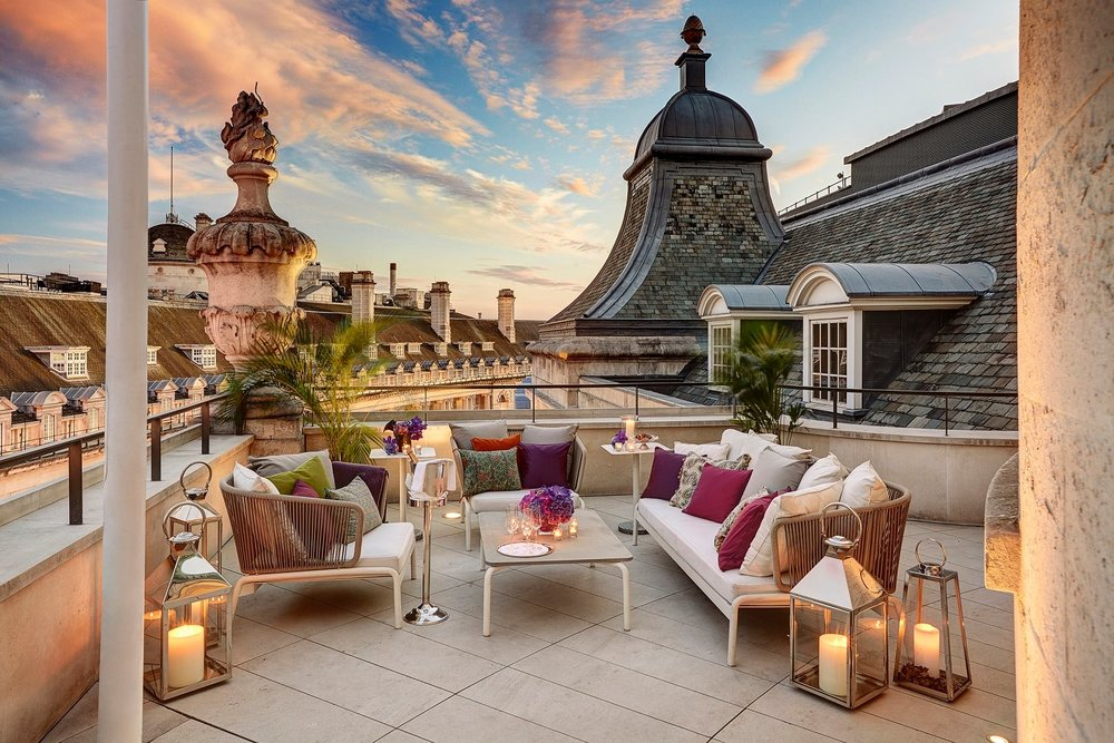 Hotel Café Royal   CHARITYBUZZ AUCTION    Bid Now
