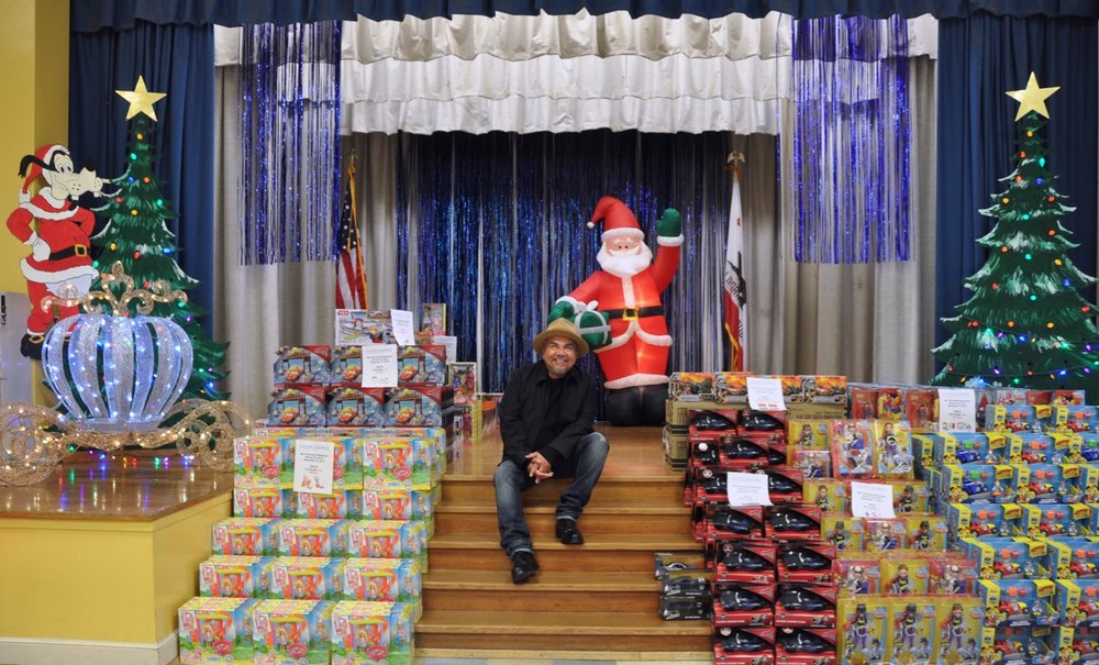 George Lopez Foundation Toy Drive - 14.jpg