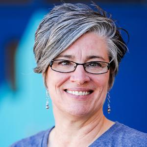 Marcia Fulton, Directora Ejecutiva