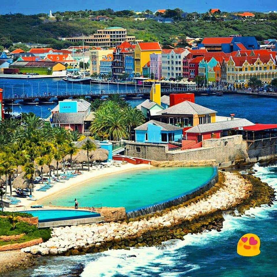 Remember to relax on Curacao. You're on holiday, remember!