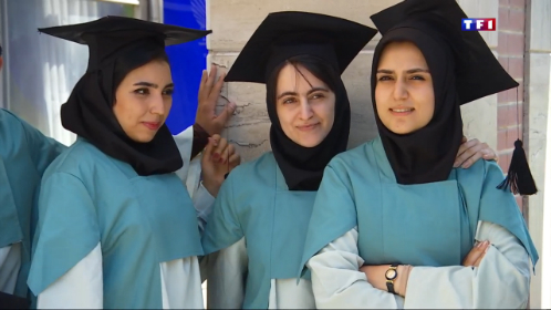 le-20-heures-du-15-juillet-2015-iran-place-des-femmes-1156-11437681mdudh.jpg