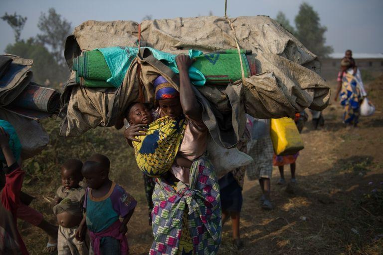 SOURCE : http://www.lemonde.fr/afrique/article/2013/07/16/dans-l-est-du-congo-les-viols-comme-armes-de-guerre_3448206_3212.html