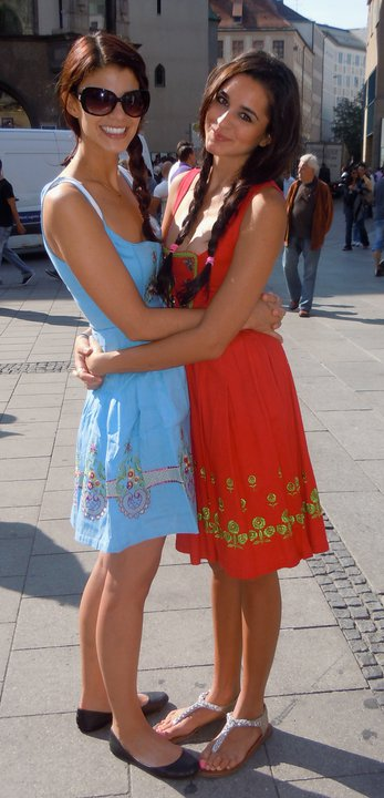 The minute I find out I got into Berlin marathon, I will begin preparing a dirndl-inspired race outfit. Normal.
