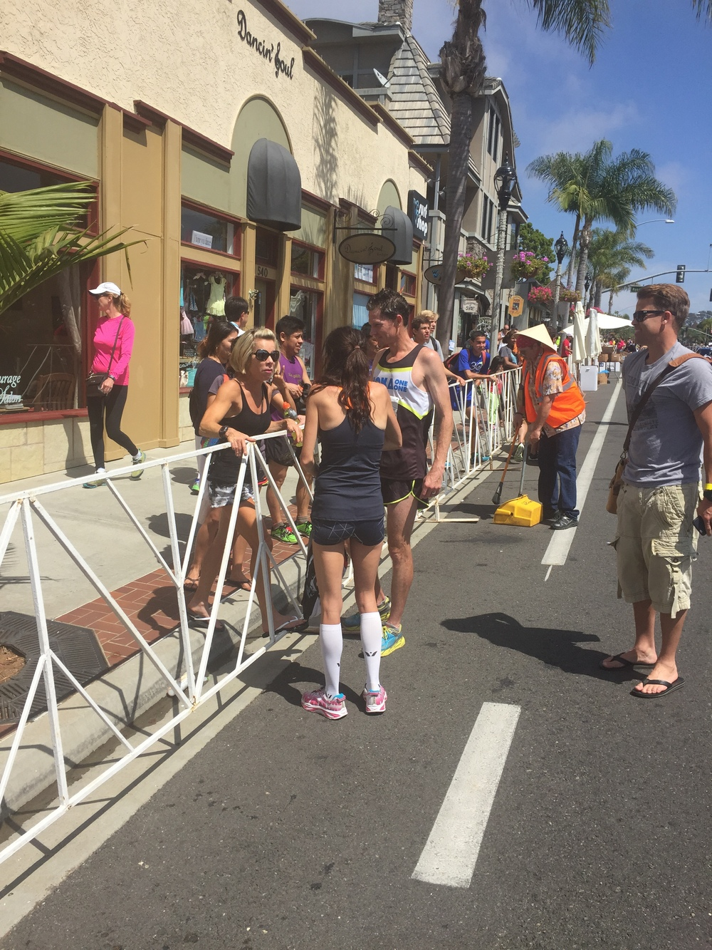 Terri (the real celeb here), Steph Rothstein Bruce, Ben Bruce & Josh Cox. Talk about a speedy (stalkerish?) pic.