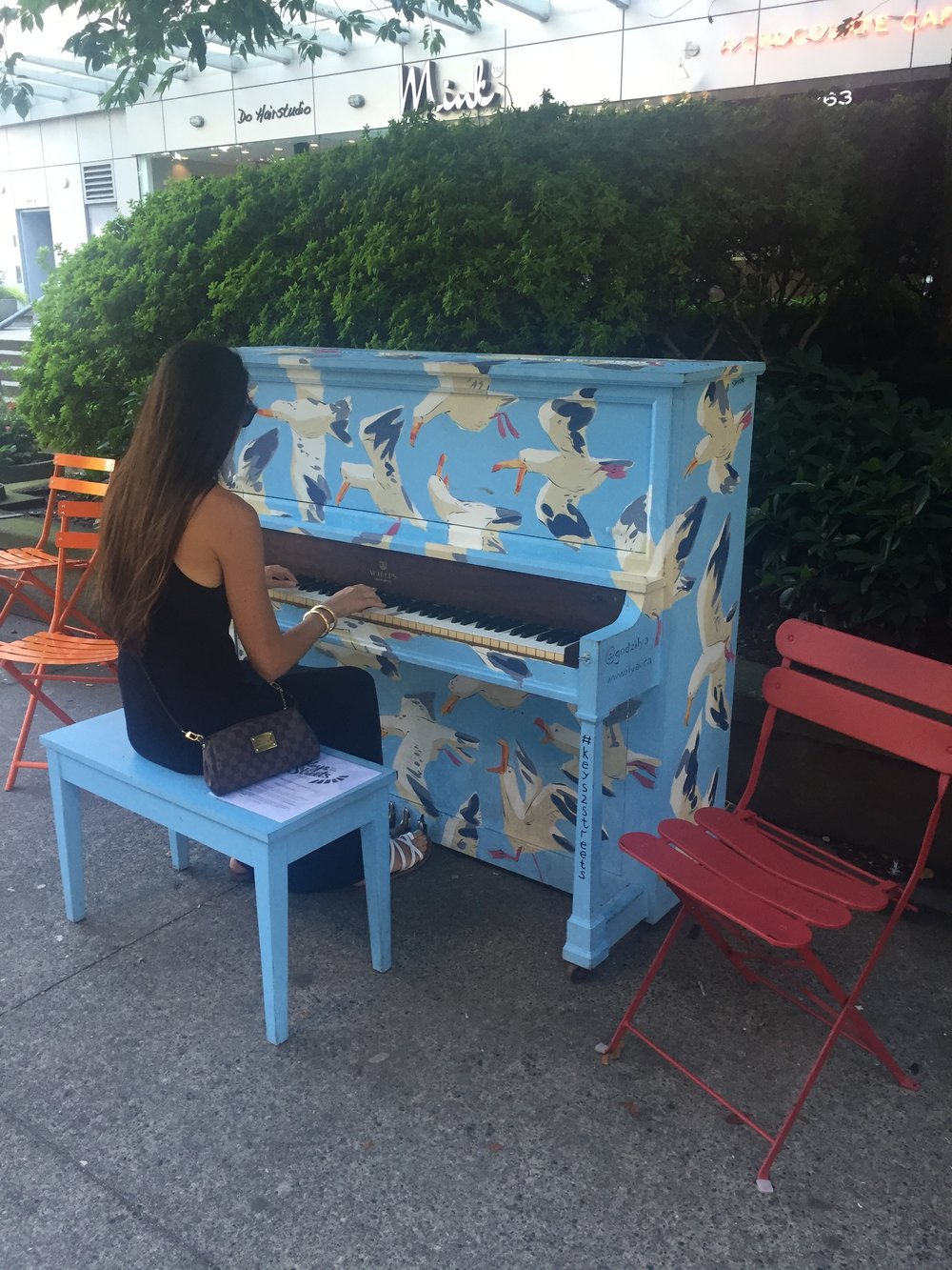 Free pianos to play around the city? Another reason why VanCity is the coolest.