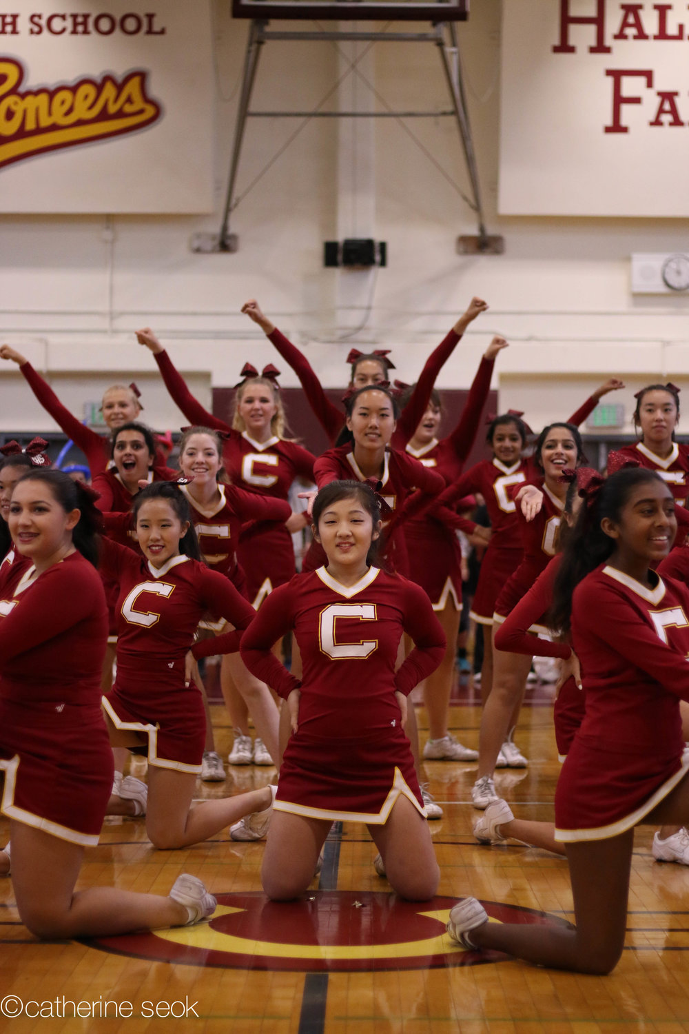 Homecoming - Cheer performs on final Friday