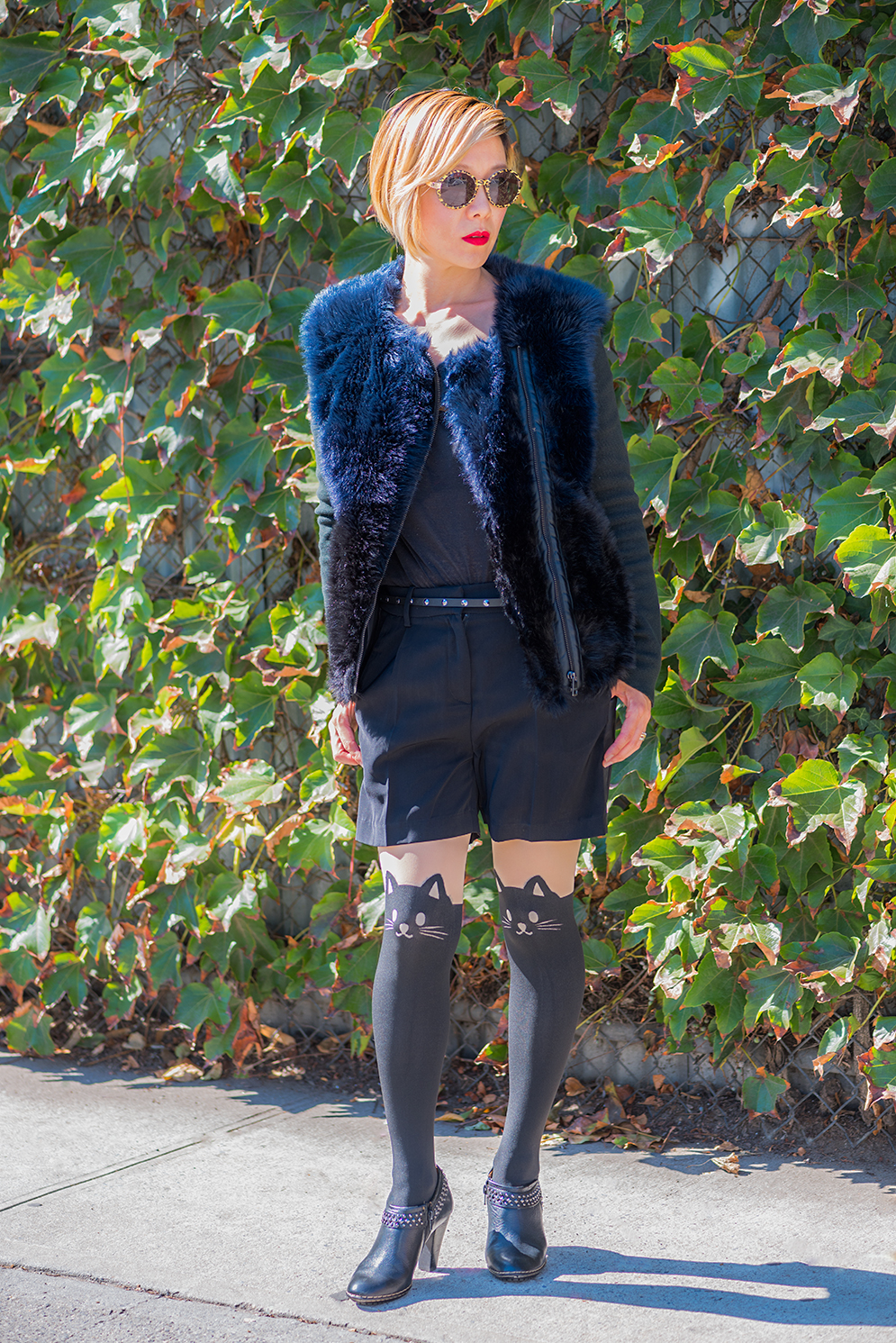 ROCK MAMA NYC LIFESTYLE BLOG - MEOW ROCK