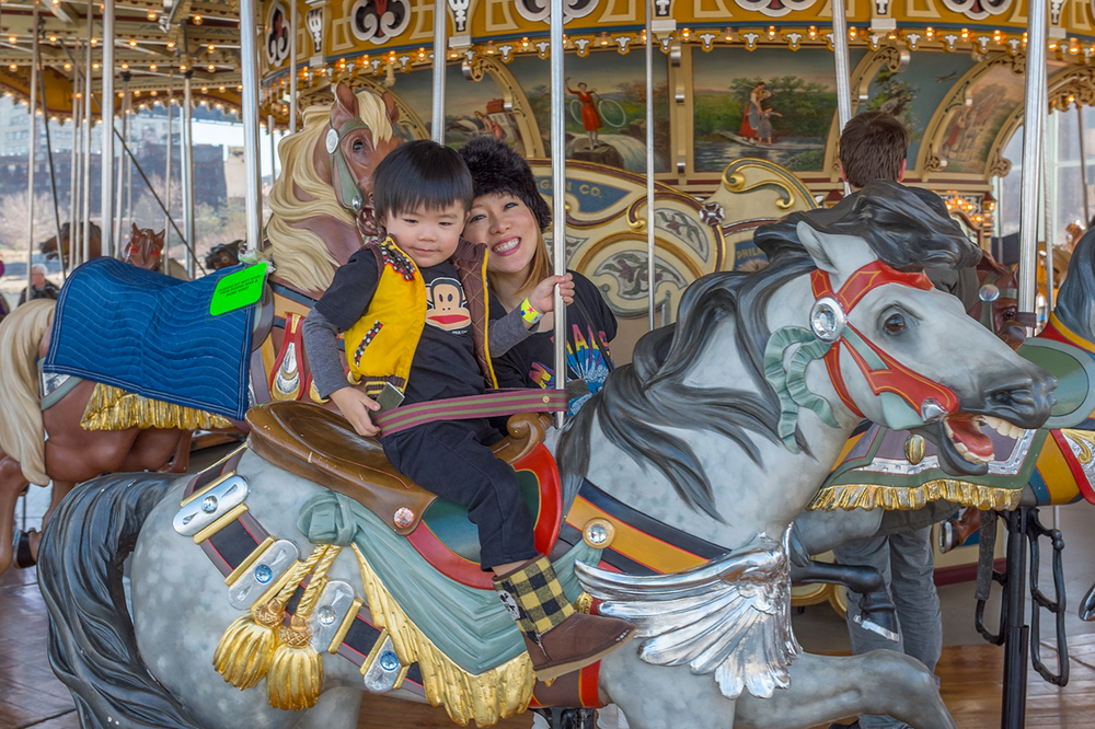 ROCK MAMA NYC LIFESTYLE BLOG - JANE'S CAROUSEL BROOKLYN