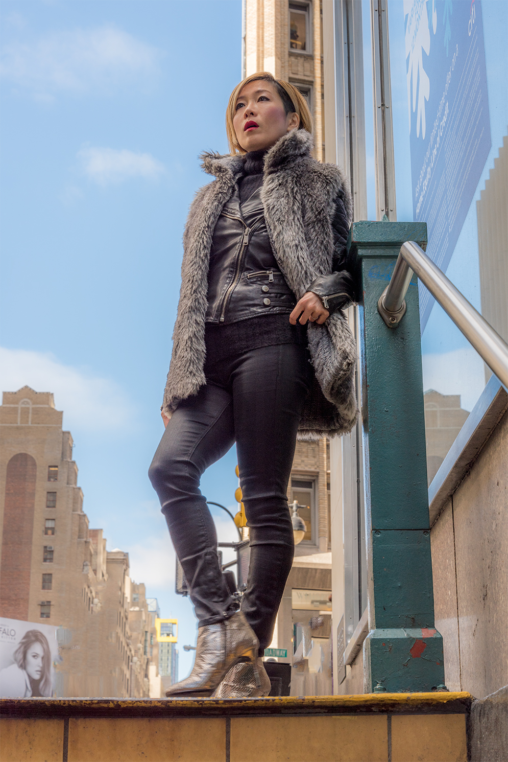 ROCK MAMA NYC LIFESTYLE BLOG - HOW TO WEAR BIKER JACKET IN COLD WINTER TIME