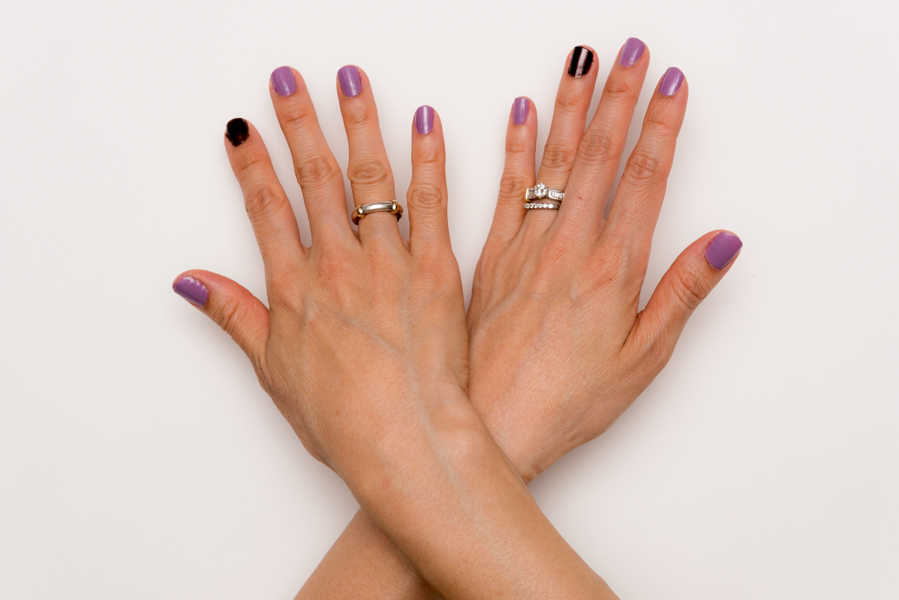 ROCK MAMA NYC LIFESTYLE BLOG -    GEL NAIL AT HOME - SALLY HANSEN MIRACLE GEL NAIL