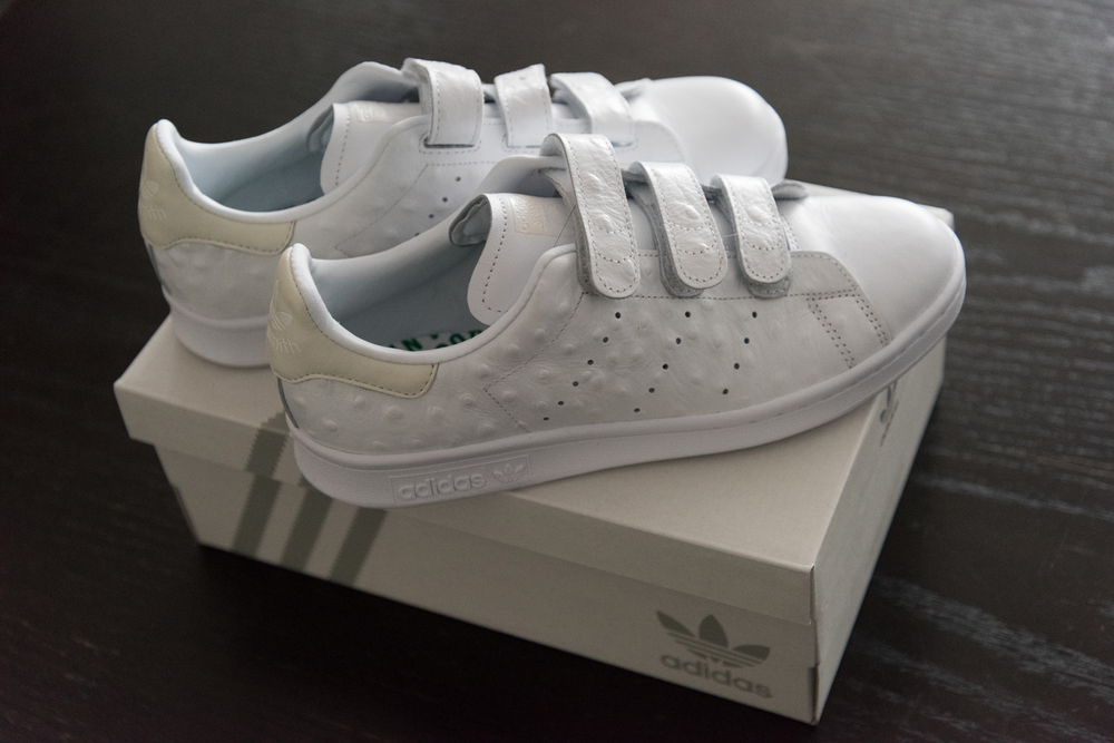 ROCK MAMA NYC LIFESTYLE BLOG -   CUSTOMIZED STAN SMITH