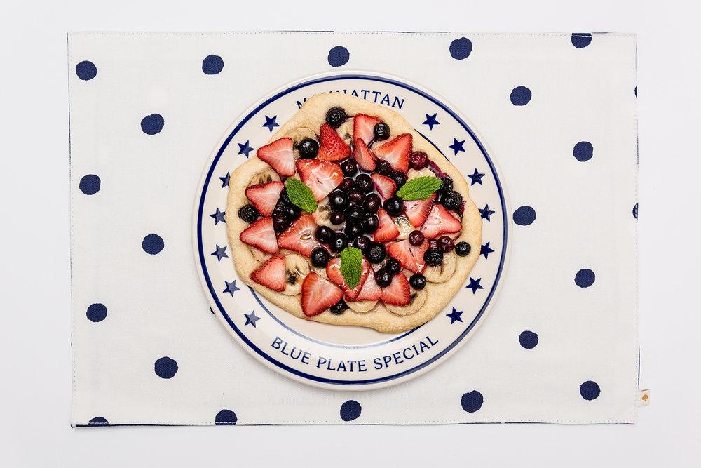ROCK MAMA NYC LIFESTYLE BLOG -  EASY RECIPE - FRUIT PIZZA