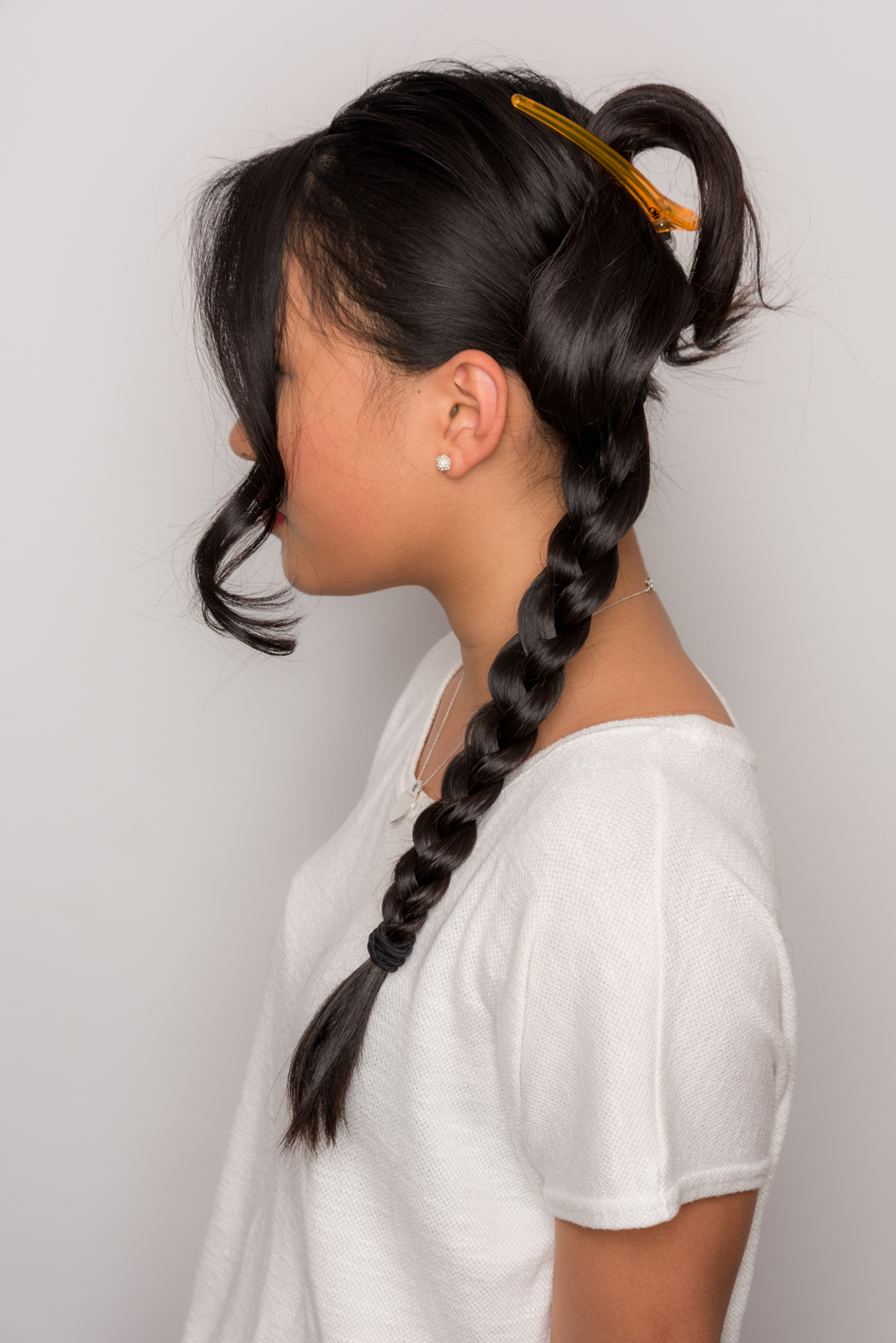 ROCK MAMA NYC LIFESTYLEBLOG-HOW TO MAKE A EASY STYLISH SIDE BUN