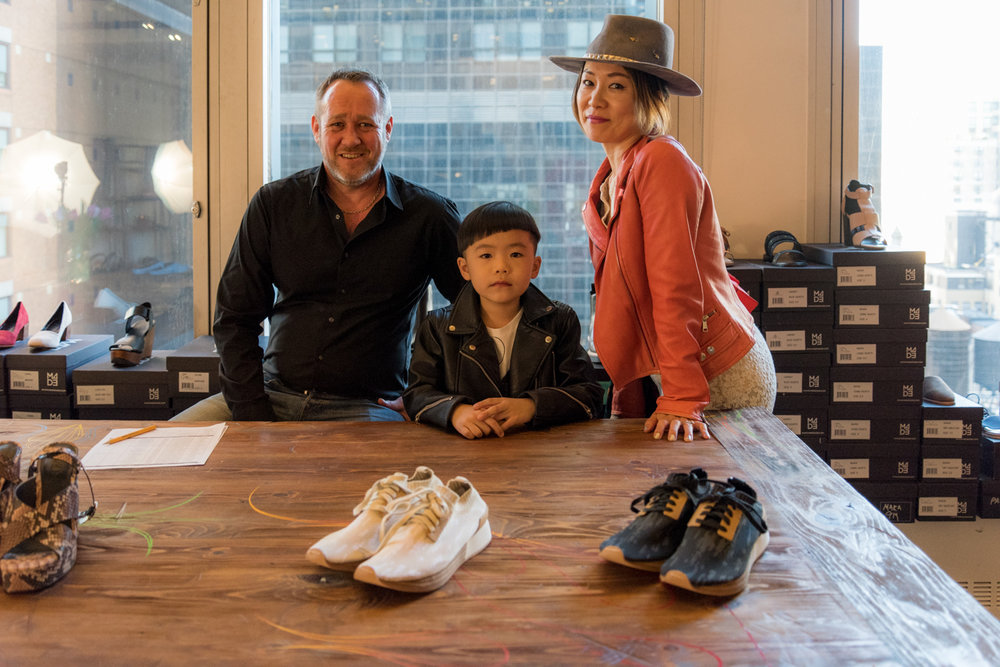 Buy A Pair Of Shoes And Support The Community  私がファッションのアイテムを購入する際の決め手 6