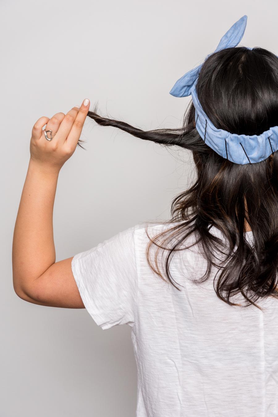How To Do An Easy Headband Updo 夏にオススメの簡単ヘアアレンジ 5