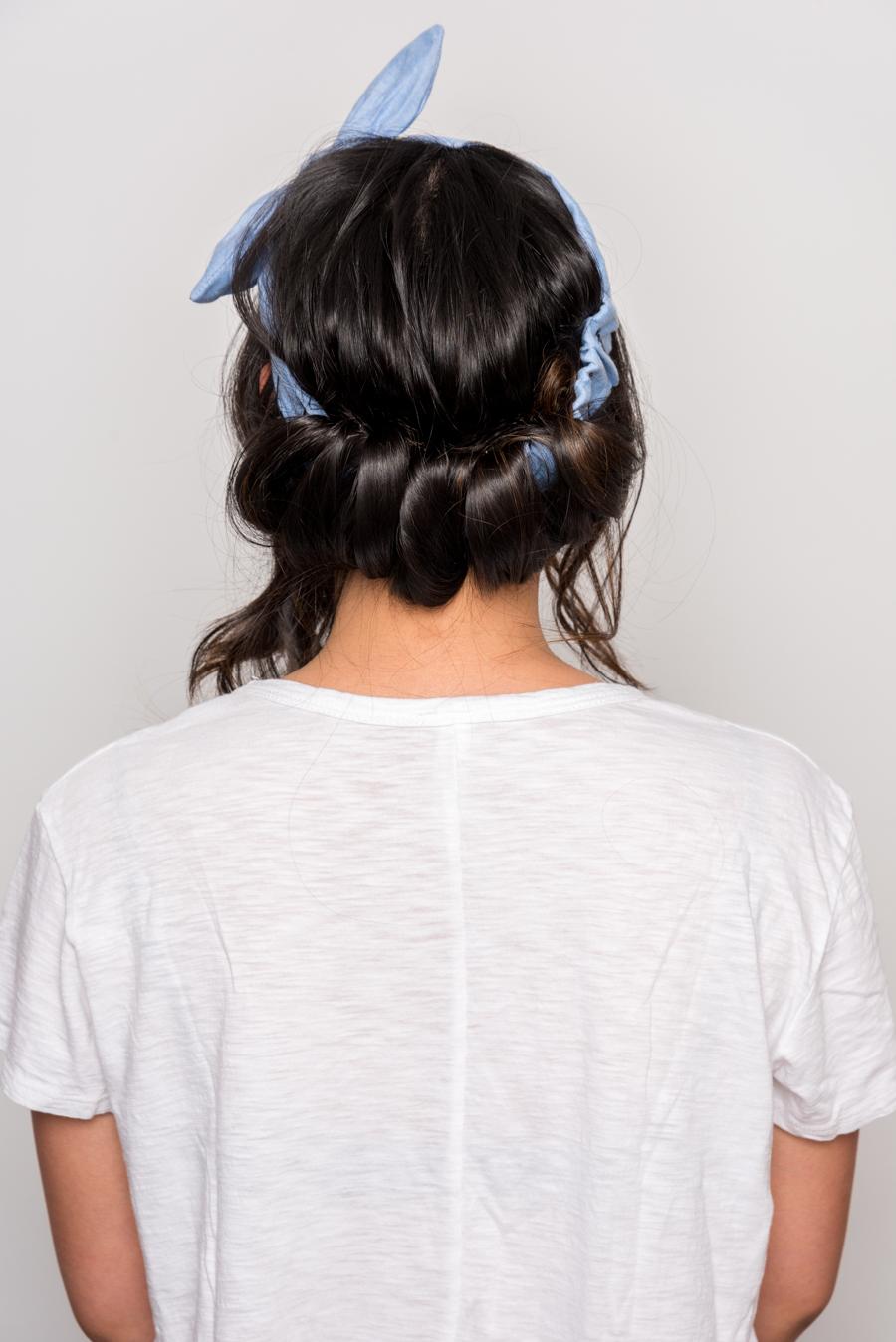 How To Do An Easy Headband Updo 夏にオススメの簡単ヘアアレンジ 10