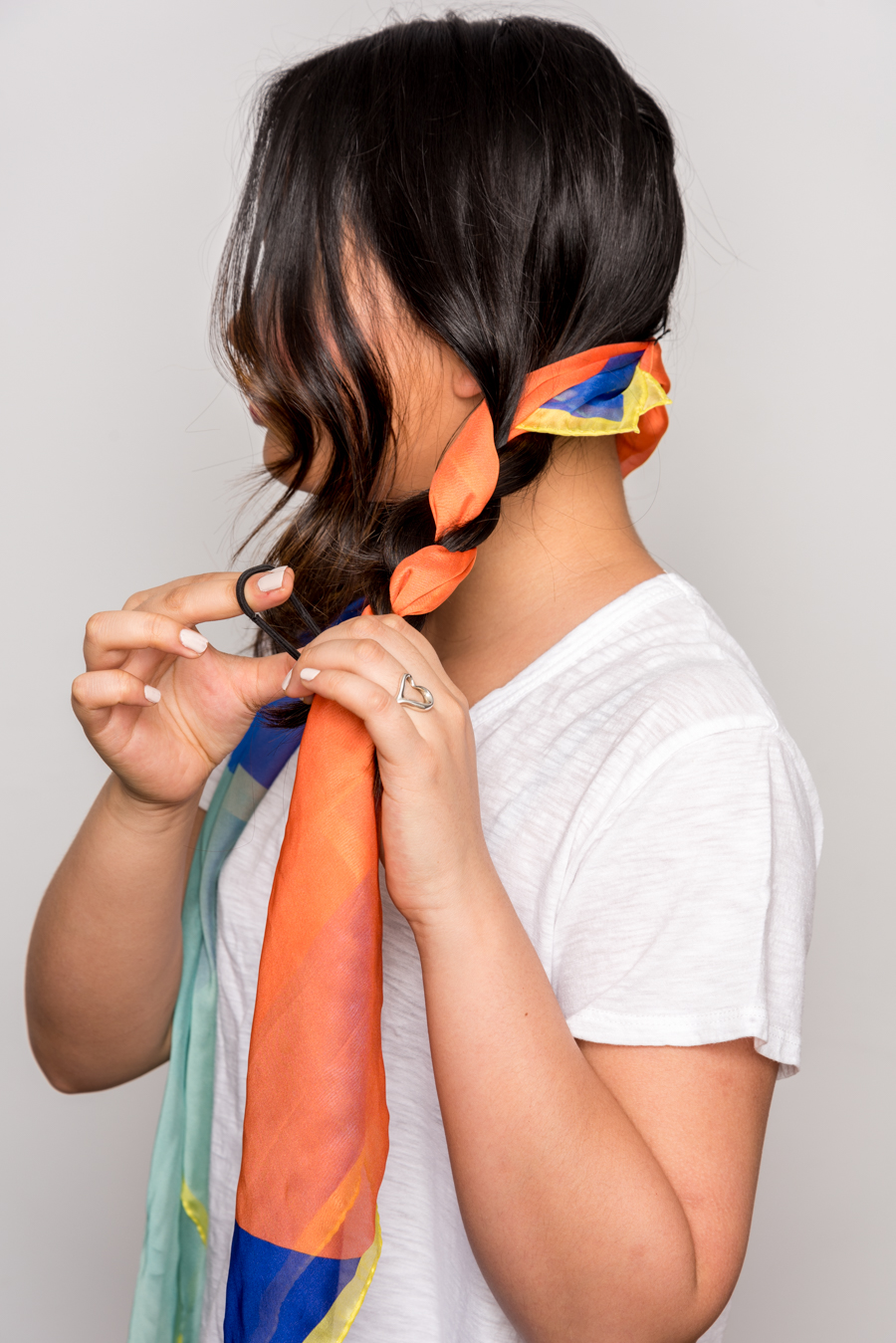 How To Use A Scarf For Stylish Summer Hair スカーフを使った簡単ヘアアレンジ 7